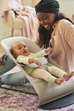 Кресло-шезлонг Baby Bjorn Balance Soft Джерси Бежево-серый хлопковый - Фото 4